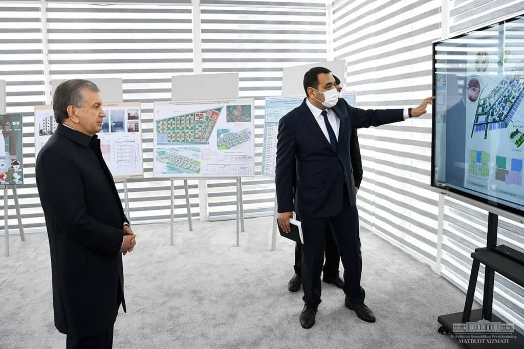 Президент ознакомился с проектами в сфере строительства