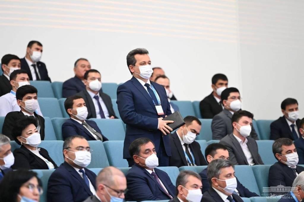 Prezident tadbirkorlar bilan muloqot qildi